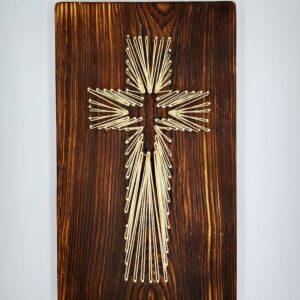 krzyż do powieszenia