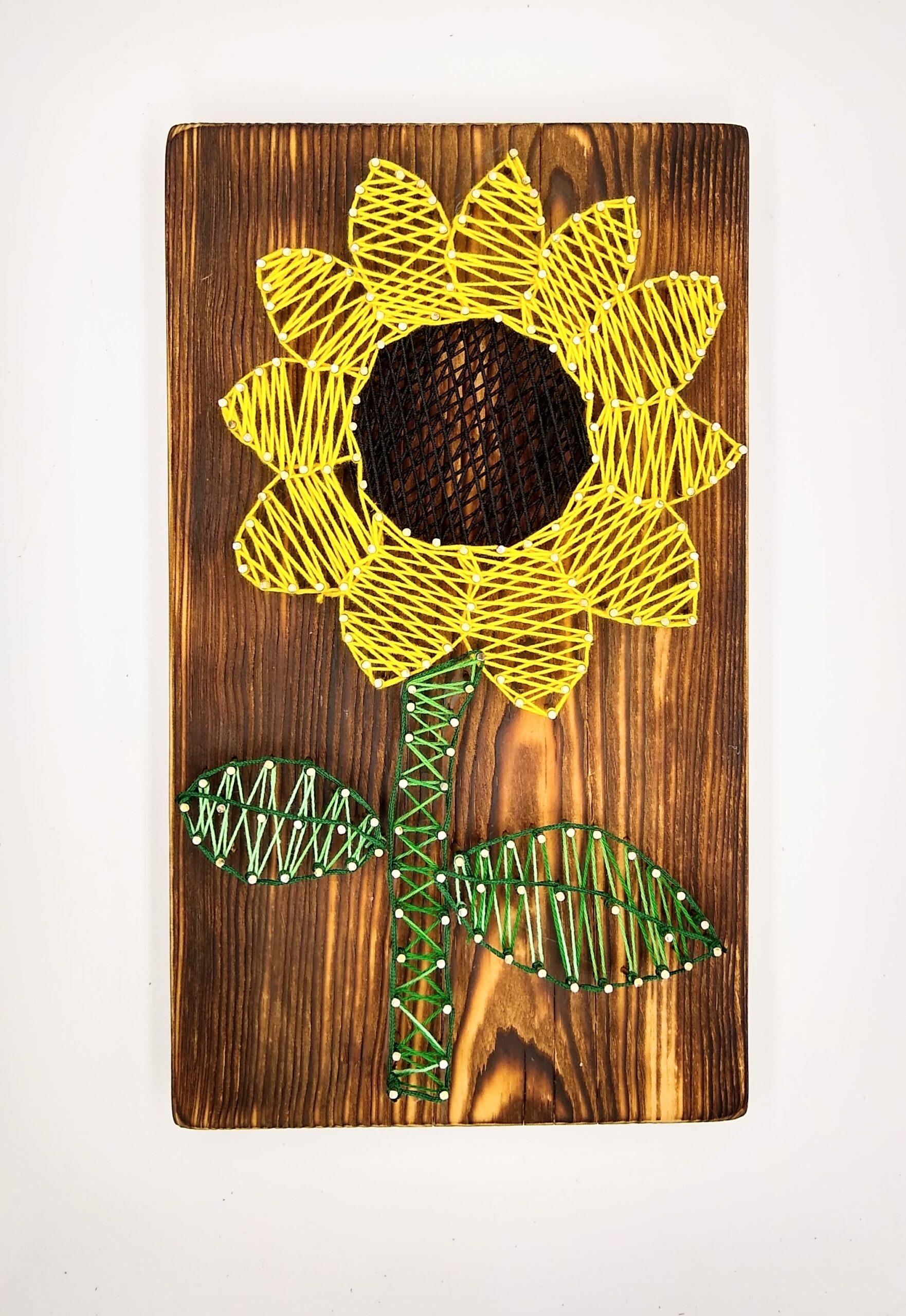 słonecznik obraz string art
