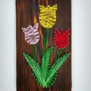 tulipany obraz string art